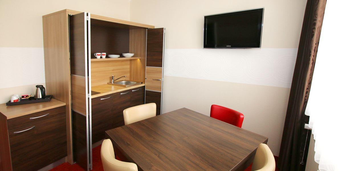 preiswerte hotelzimmer in wilhelmshaven hotel home. Black Bedroom Furniture Sets. Home Design Ideas